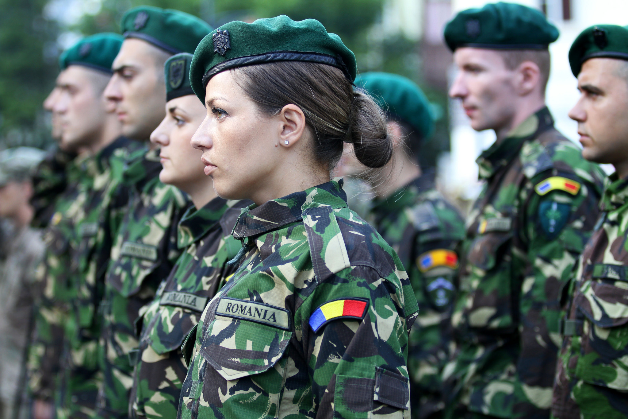 armata pe strada