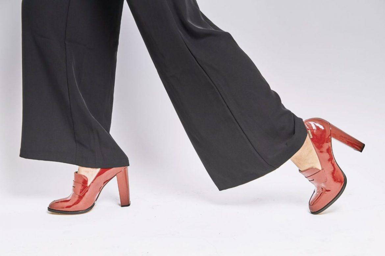 Pantofii din piele naturală și menținerea lor într-o stare perfectă